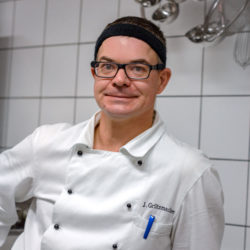 Jörg <br /> Grützmacher
